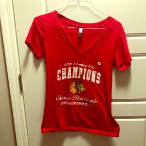 Chicago Blackhawks V-neck T-shirt